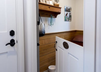 mudroom entry with dutch door